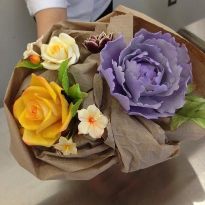 My classmate, Jin's, fabulous bouquet.